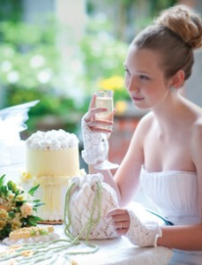 Honeysuckle Lace Bridal Set